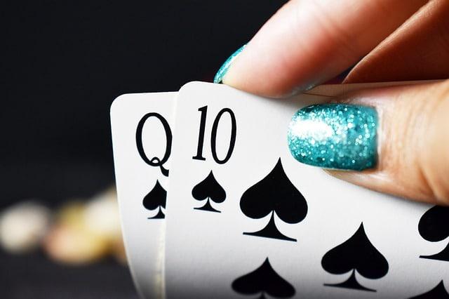 joueuse au poker