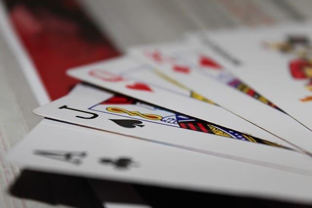 mains de poker